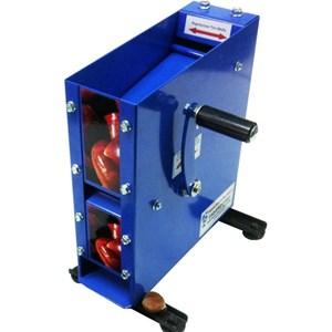 MANUAL COUNTERTOP CHESTNUT CUTTER - MOD. 80 MANUAL - 80 chestnuts per minute - Adjustable calibration - Highly efficient blade system - Dimensions cm L 31 X D 24 X H 36 - EC standards