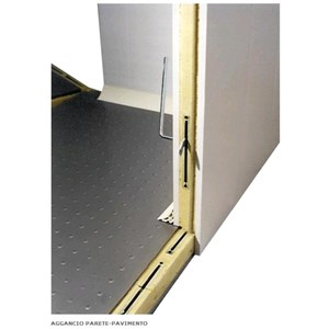 Modular cold room - Panel thickness cm  7 - Flooring not included - H 207 - Width between cm 114 and cm 194 - N. 1 door cm 80 x h 185 - Motor not included